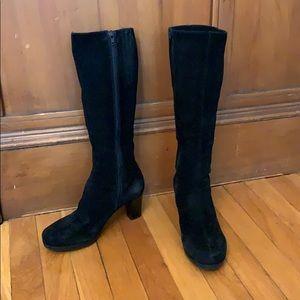 Waterproof black suede La CANADIENNE Kara boots 7M
